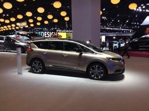 Renault Nouvel Espace 01
